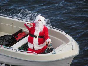 mikulás csónakkal